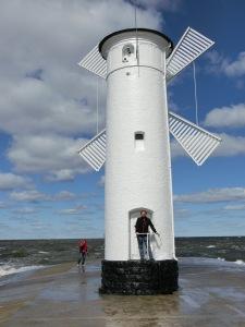 Keine Windmühle, sondern die Swinemünder Mühlenbake (ein Seezeichen)